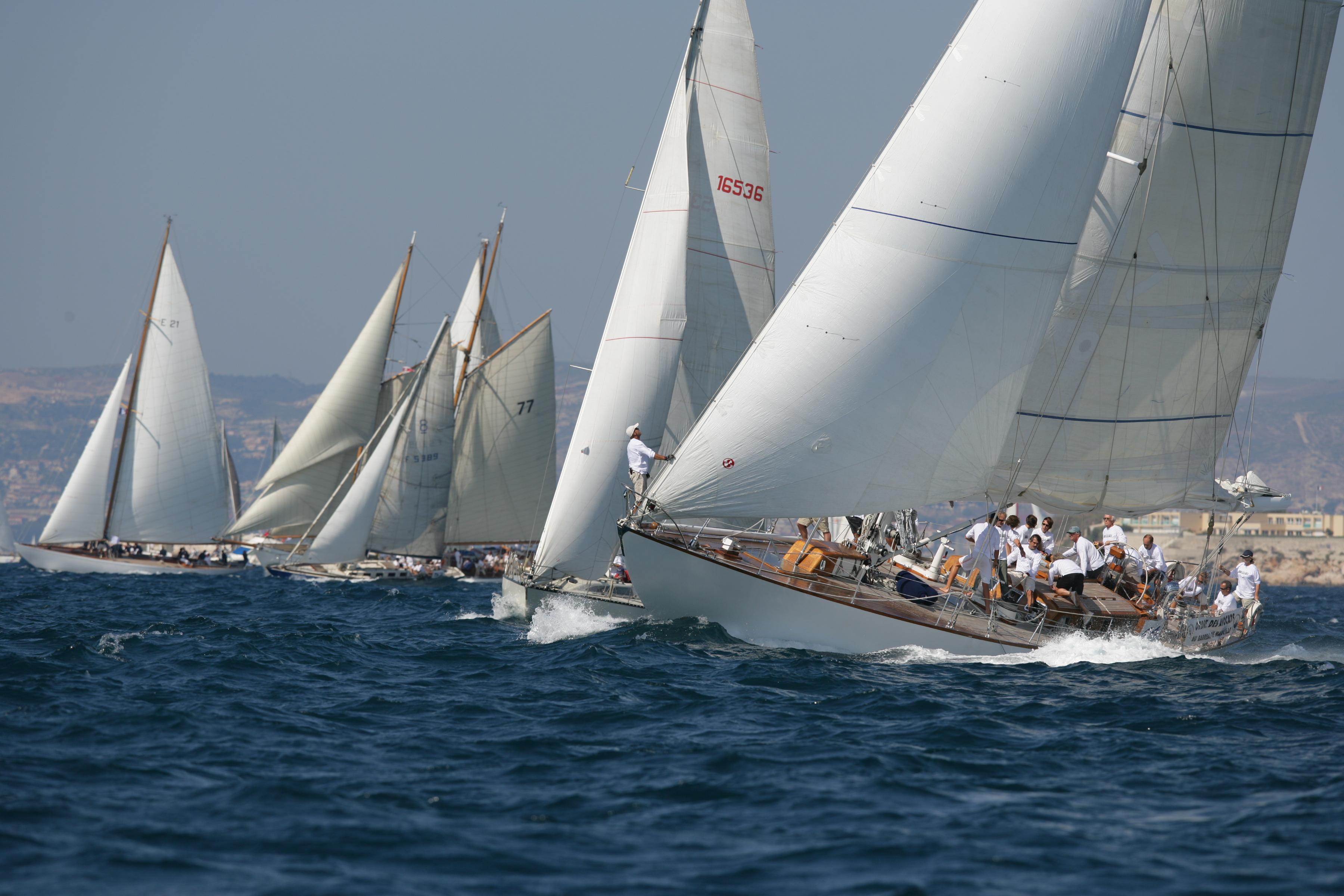 Yacht Racing Charter