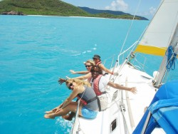 Girls only sailing courses in the Caribbean